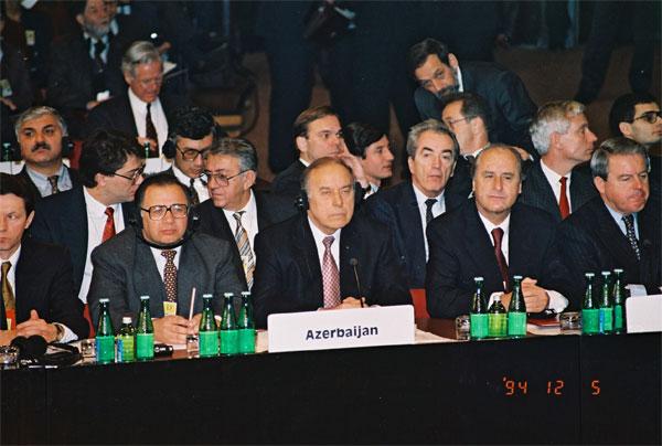 Речь Президента Азербайджанской Республики Гейдара Алиева на встрече глав государств и правительств стран-членов СБСЕ в Будапеште - 6 декабря 1994 года